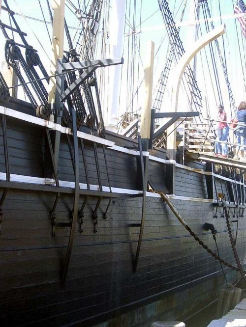 Китобойное судно
