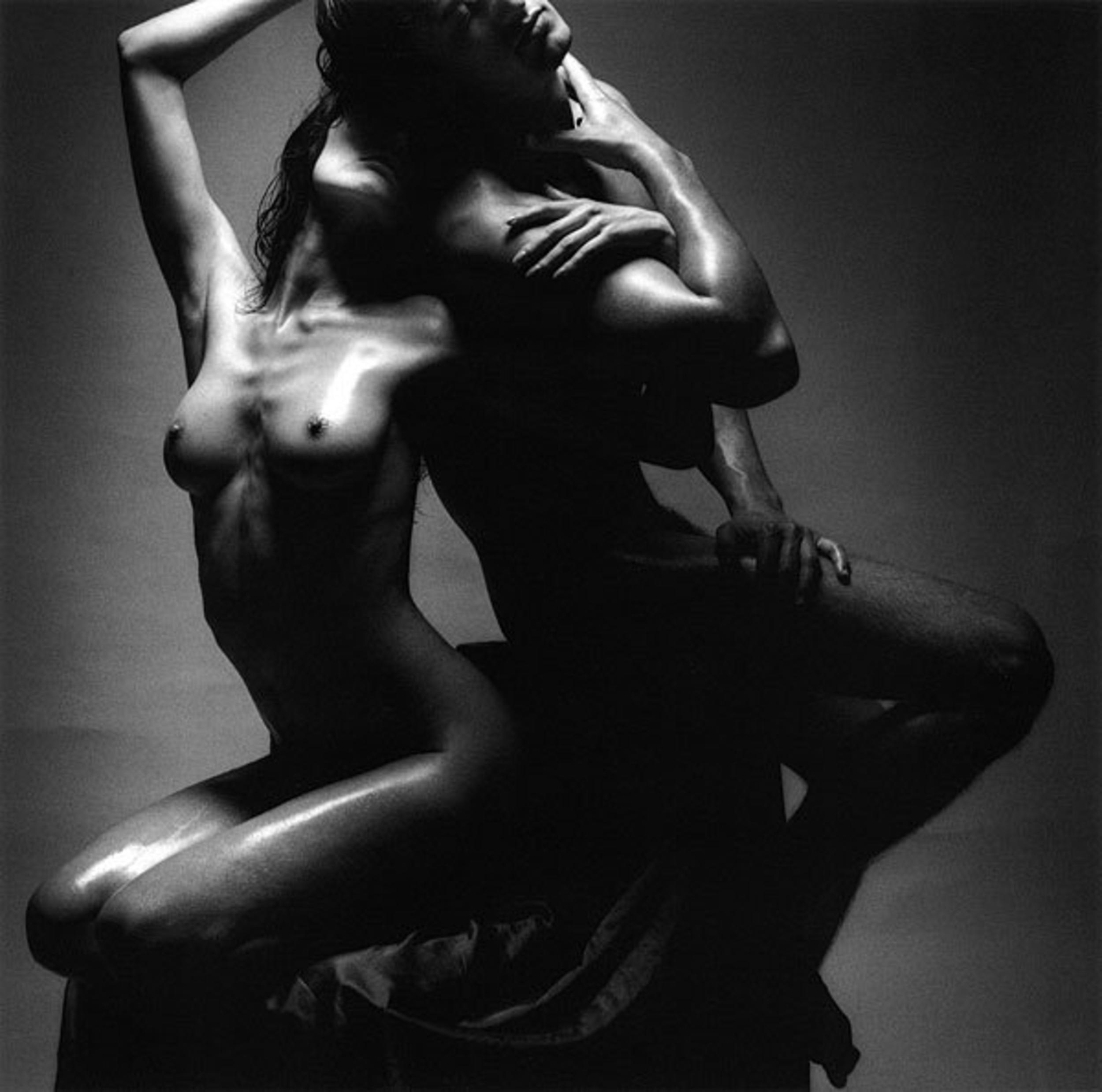 Эротическое фото мужчин и женщин черно белая профессиональная