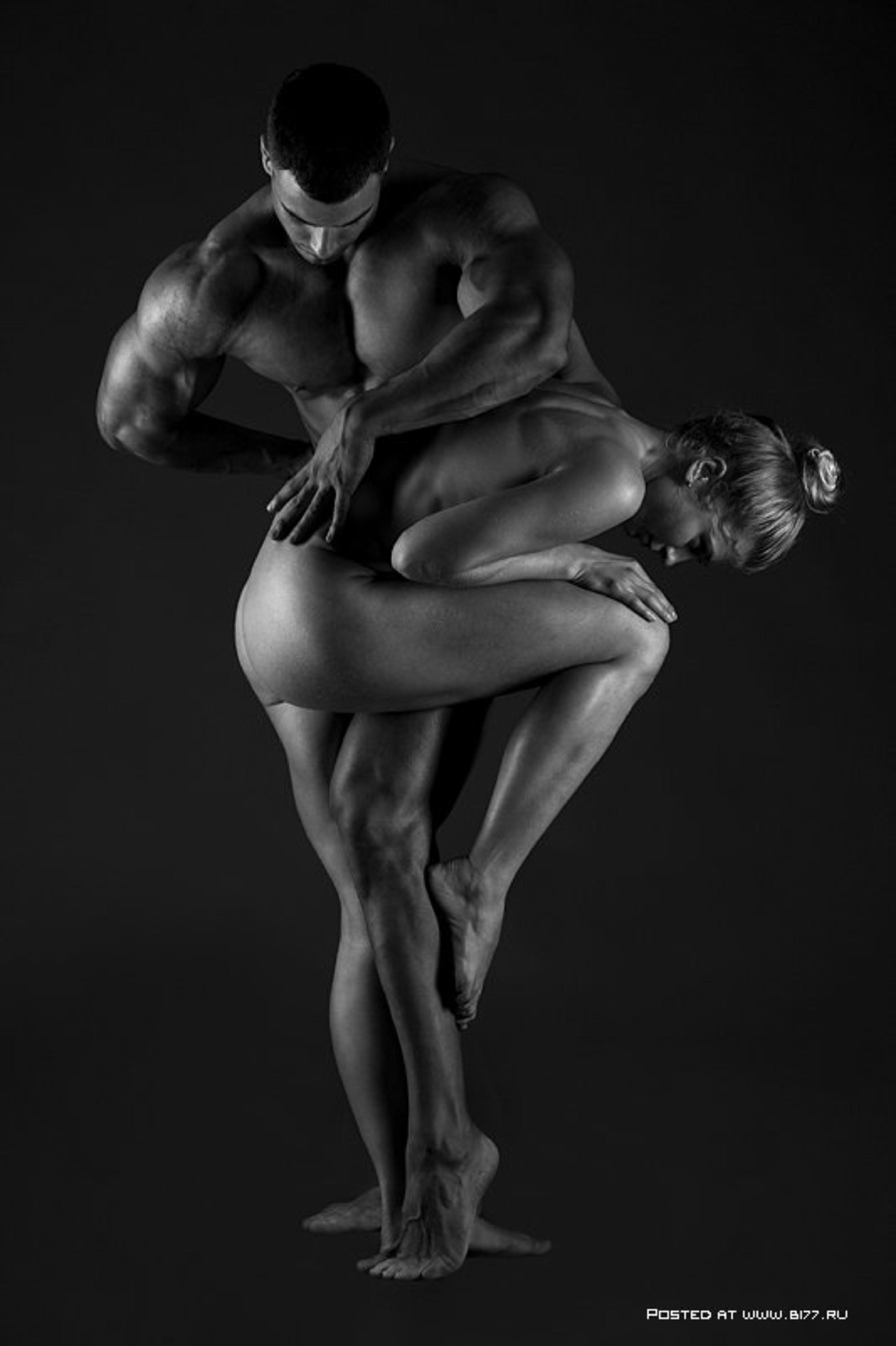 художественная фотография эротики мужчины и женщины в контакте сидел