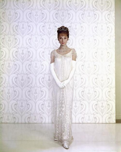 Audrey Hepburn Celebrity Tribute Collection (413 фото)