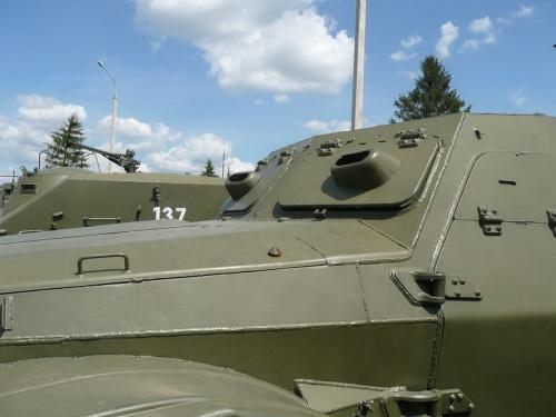 Фотообзор - советский БТР-152 (73 фото)