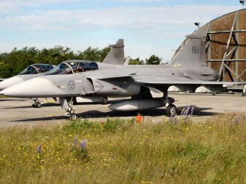 Фоообзор - шведский истребитель JAS-39A Gripen (52 фото)