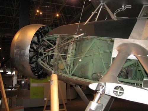 Фотообзор - британский бомбардировщик/торпедоносец Fairey Swordfish (42 фото)