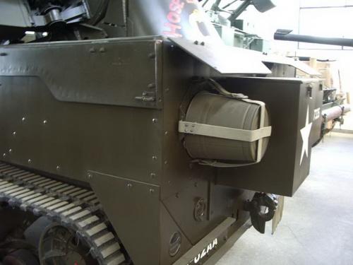 Фотообзор - американский бронетранспортер M16 Wasp (87 фото)