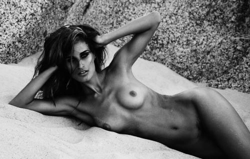 Фотограф Daniella Midenge (145 фото) (эротика)