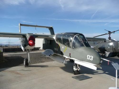 Фотообзор - американский ударный самолет North-American OV-10A Bronco (98 фото)