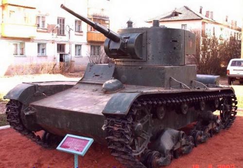 Фотообзор - советский танк Т-26 (90 фото)