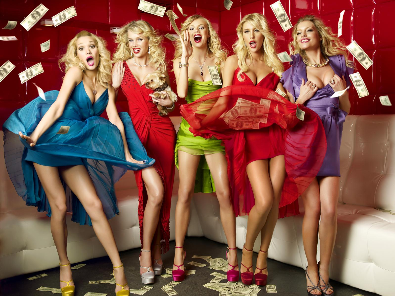 Российские блондинки на вечеринке 3 фотография