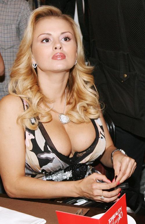 Порно фото российских звезд кино и телевидения 32