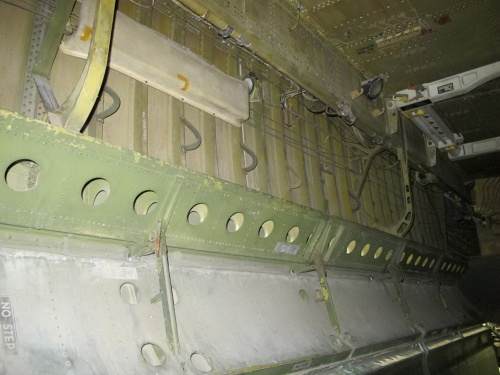 Фотообзор - американский стратегический бомбардировщик Boeing B-52B Stratofortress (214 фото)