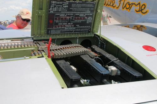 Фотообзор - американский истребитель P-51D Mustang Little Horse (25 фото)