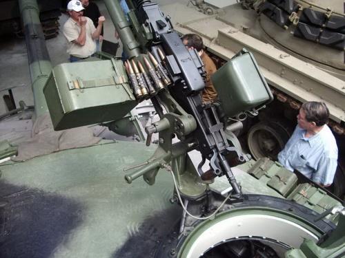 Фотообзор - советский основной танк Т-72 (69 фото)