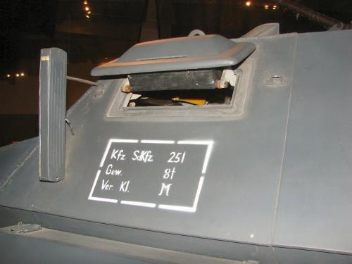 Фотообзор - британский истребитель Hawker Hurricane Mk.XII (35 фото)
