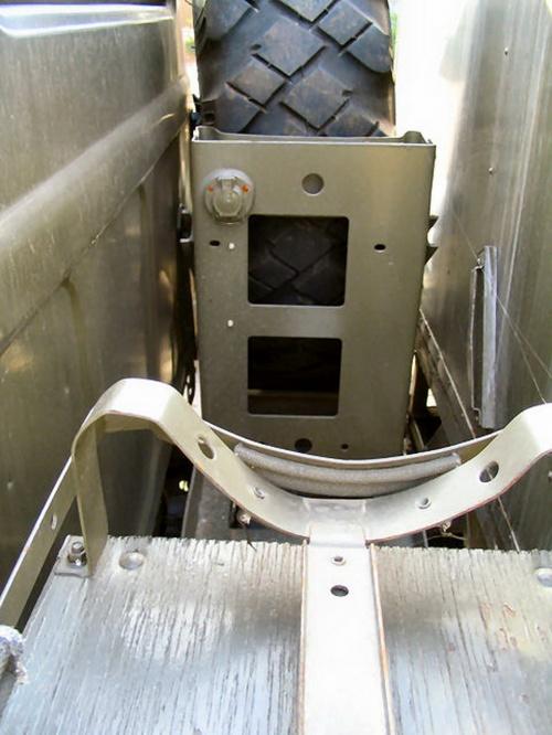 Фотообзор - советская Автомобильная кислородозаправочная станция АКЗС-75М-131-П (25 фото)