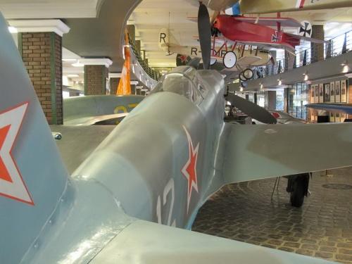 Фотообзор - советский истребитель ЯК-3 (56 фото)
