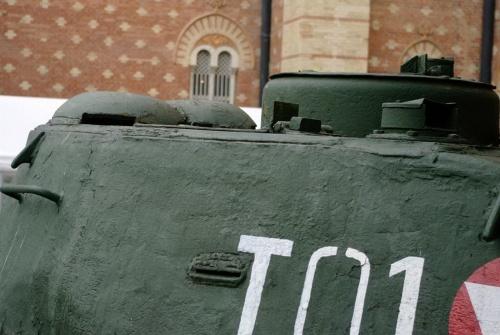 Фотообзор - советский средний танк Т-34/85 (68 фото)