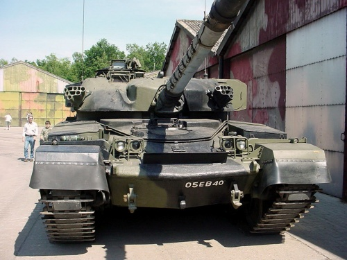 Фотообзор - британский основной боевой танк Chieftain (28 фото)