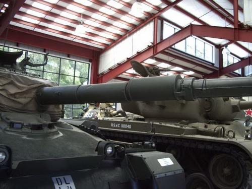 Фотообзор - швейцарский основной боевой танк Pz 68 Series 1 (57 фото)
