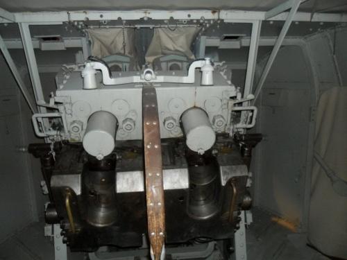 """Фотообзор - двухорудийнвй башня колибра 4"""" (36 фото)"""