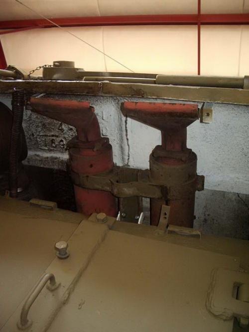 Фотообзор - американский средний танк M4A1 Sherman (55 фото)