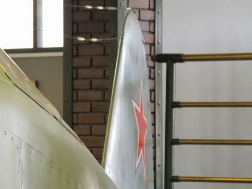 Фотообзор - советский истребитель ЯК-15 (48 фото)