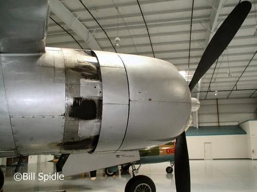 Фотообзор - американский ударный самолет A-26C (NL202R) Invader (23 фото)