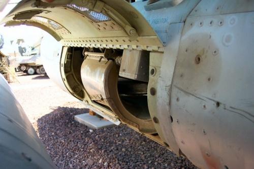 Фотообзор - советский десантно-штурмовой вертолет МИ-24Д (108 фото)