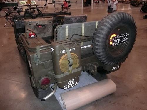 Фотообзор - Американский армейский автомобиль повышенной проходимости M151A2 M.U.T.T. (105 фото)