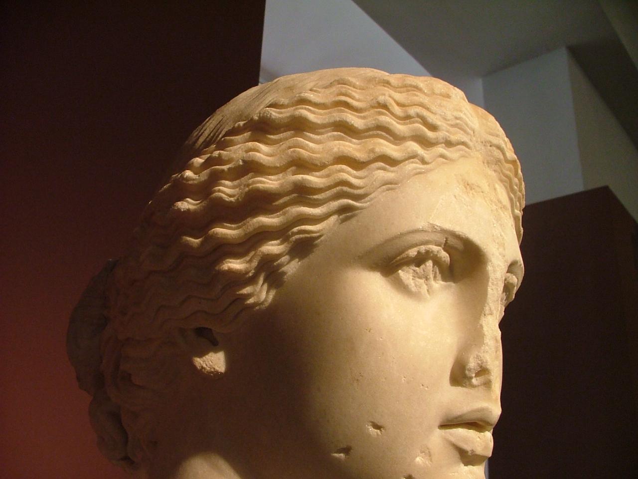 Голова афродиты рисунок