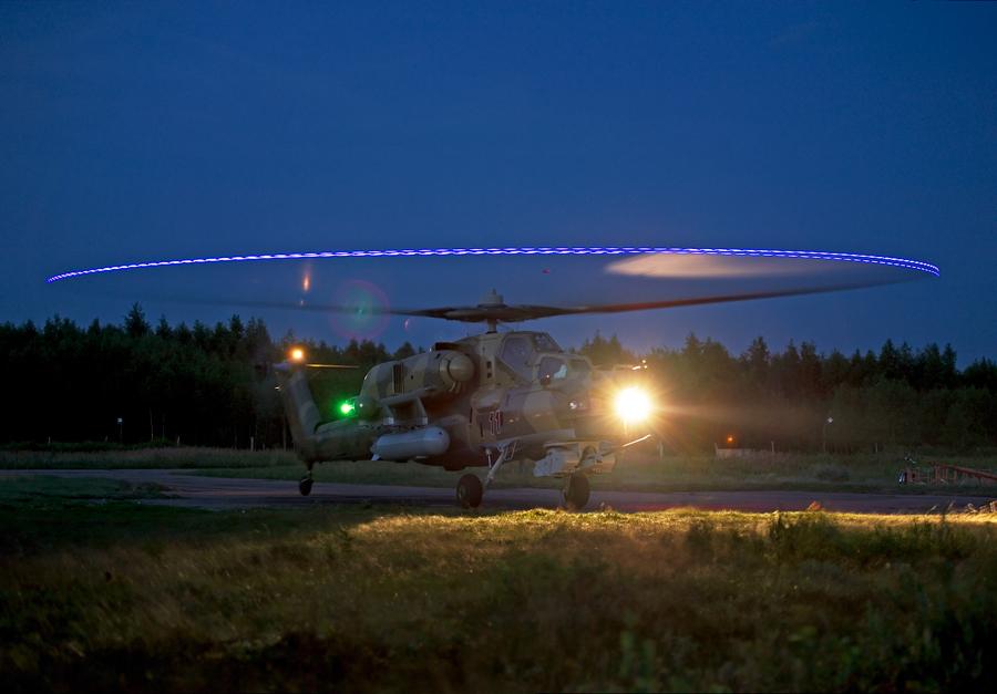 вирусы развивающиеся вертолет ночью фото образом, получается