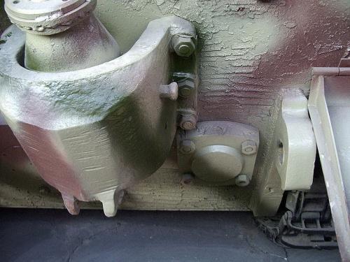 Фотообзор - немецкий тяжелый танк PzKpfw VIB KingTiger (34 фото)