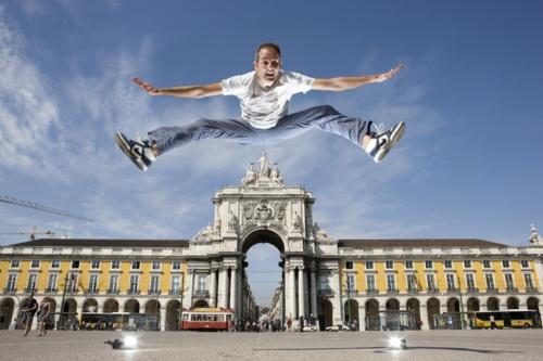 Прыгун... Фотограф Gabriele Galimberti (62 фото)