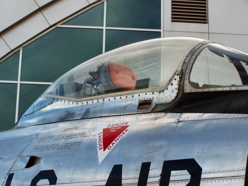Фотообзор - американский истребитель North American F-86D Sabre Dog (22 фото)