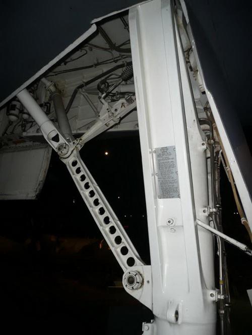 Фотообзор - американский стратегический бомбардировщик Boeing (Rockwell) B-1B Lancer (100 фото)