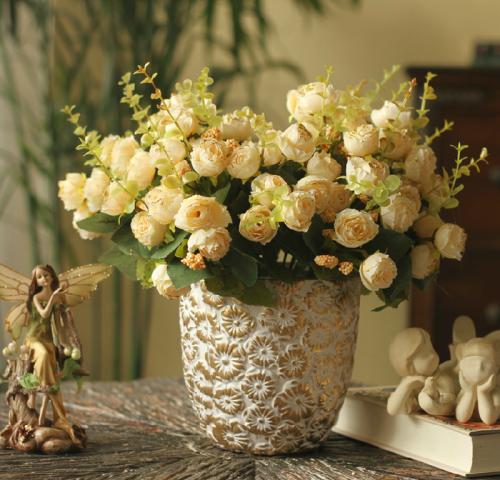 Фото клипарт – Букеты роз в вазах (40 фото)
