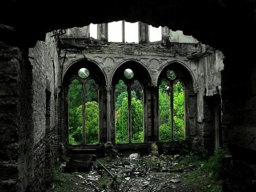 Красоты заброшенных человеком мест (34 фото)