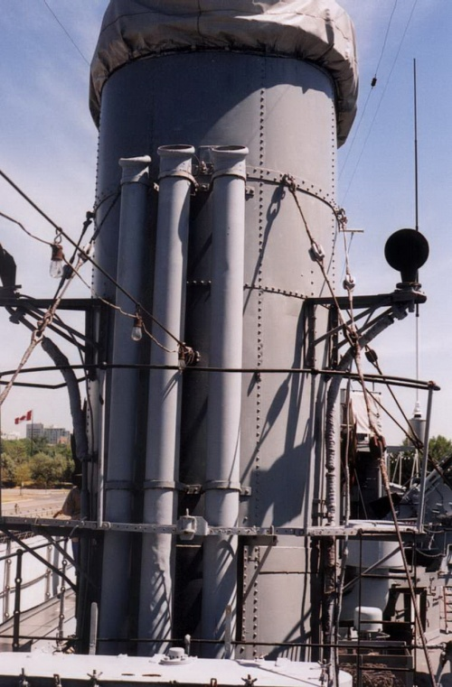 Фотообзор - эскадренный миноносец HMCS Haida типа «Трайбл» (66 фото)