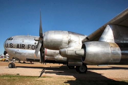 Фотообзор - американский самолет заправщик KC-97L (53-0240) Stratotanker (48 фото)
