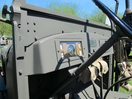 Фотообзор - американский автомобиль International Harvester M-2-4-233 (99 фото)