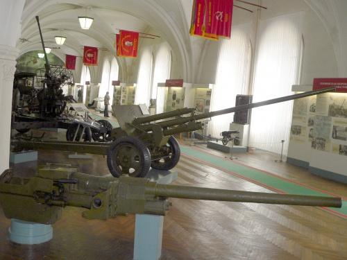 Фотообзор - советская противотанковая пушка калибра 57 мм ЗИС-2 (157 фото)