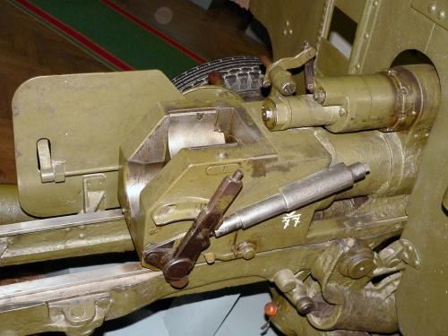 Фотообзор - советская противотанковая пушка колибра 57mm ЗИС-2 образца 1943 года (244 фото)