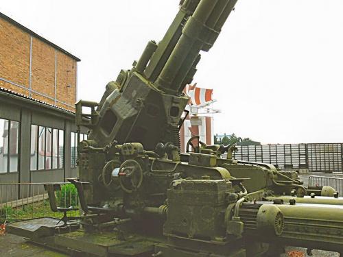Фотообзор - советская зенитная пушка КС-30 калибра 130mm (52 фото)