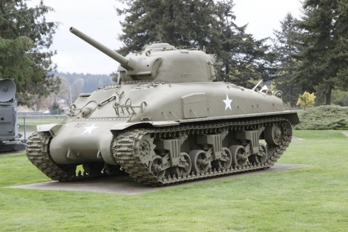 Фотообзор - американский средний танк Sherman M4A1 (31 фото)