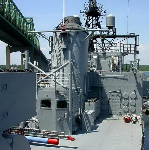 Амениканский эсминец USS Joseph P. Kennedy, DD-850 (67 фото)