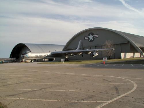 Фотообзор - американский стратегический бомбардировщик B-36J Peacemaker (39 фото)