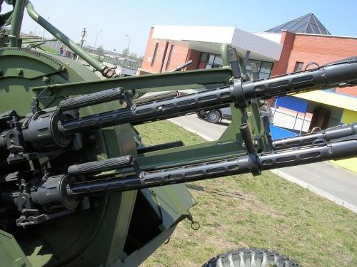 Фотообзор - советская счетверённая 14,5-мм зенитная пулемётная установка ЗПУ-4 (57 фото)