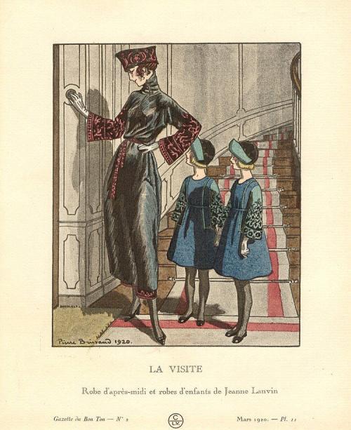 Image of woman on old postcard 12 (258 открыток)