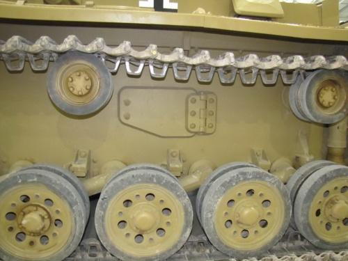 Фотообзор - немецкий средний танк Pz.Kpfw.III Ausf.L (61 фото)