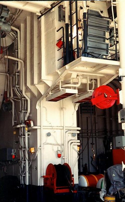 "Фотообзор - канадский эсминец типа ""Iroquois"" (62 фото)"