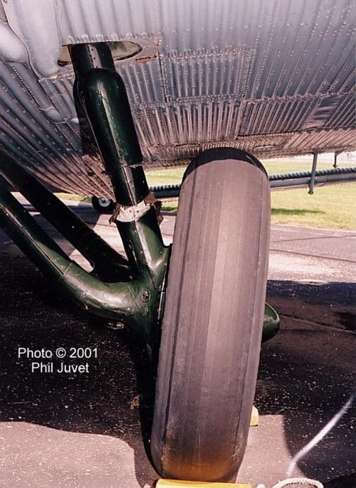 Фотообхзор - немецкий транспортный самолет Ju-52 (32 фото)